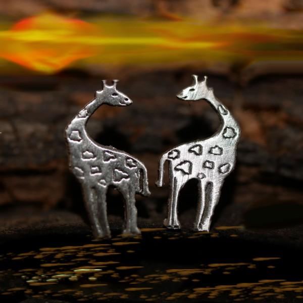 Giraffe, Minimalistische 0hrstecker Silber 925 von Gutelauneschmuck.de MO-33039
