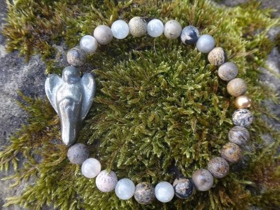 Schutzengel Armband mit Pyrit Mondstein und Jaspis MA-51002 von Gutelaueschmuck.de Atelier Secret Garden